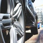 車のホイールごとタイヤ交換の工賃を節約する裏ワザ
